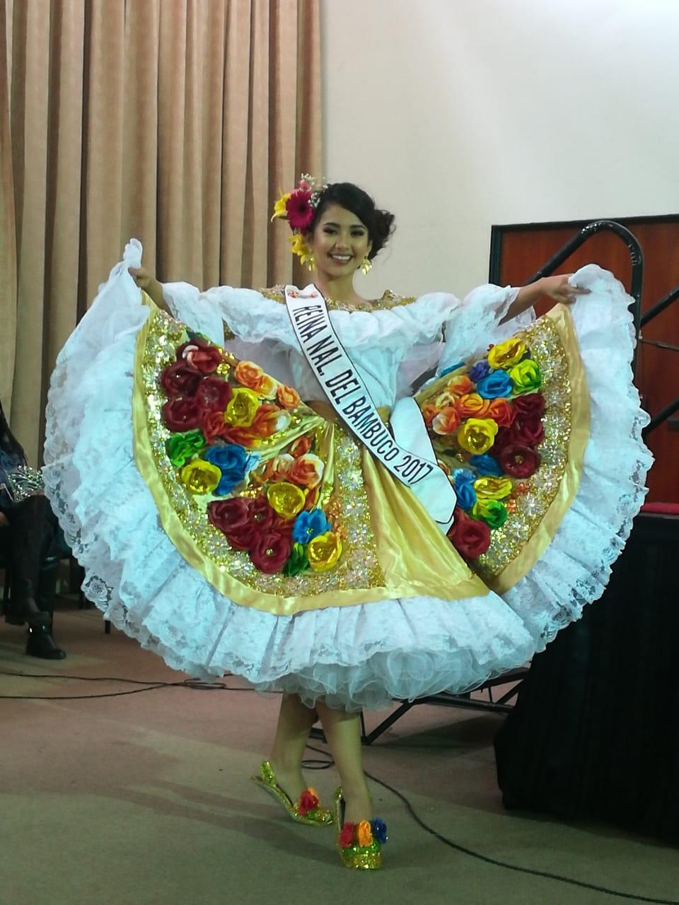 Visita del Festival Folclórico y Reina Nacional del Bambuco