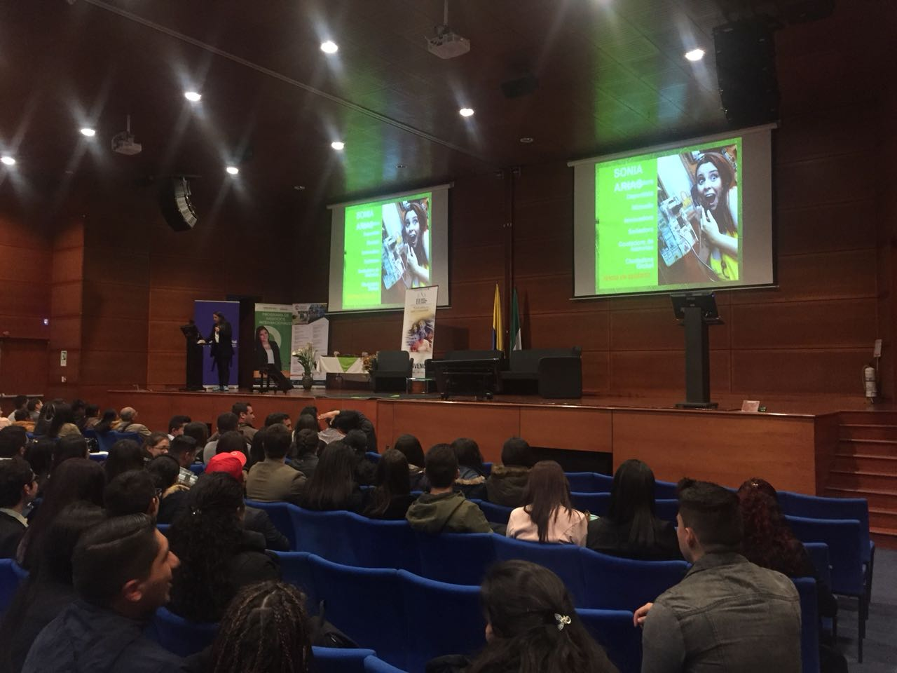 II Seminario Internacional de Negocios: Colombia en Paz y Sostenible