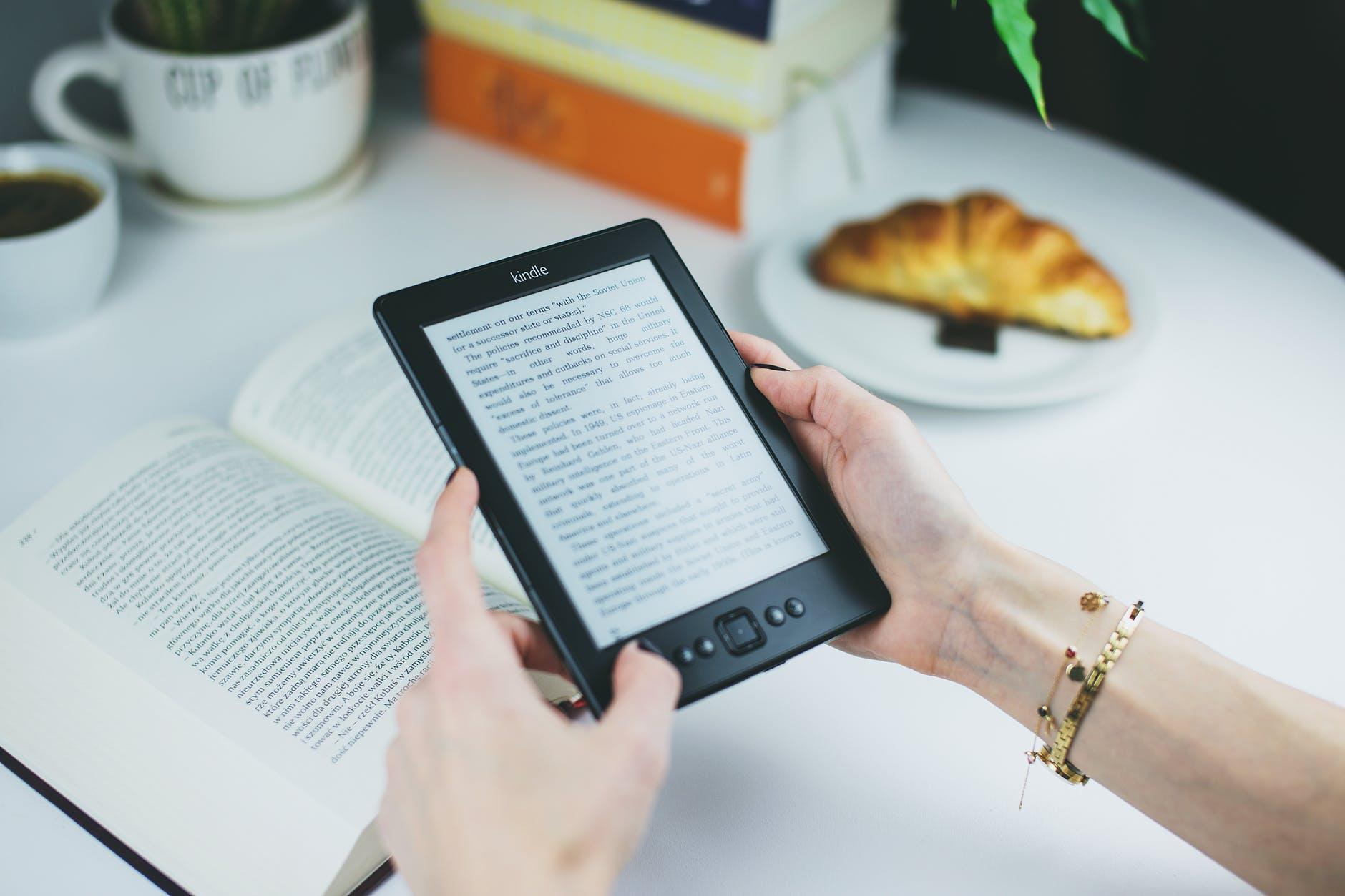 Adquisición de nuevos recursos bibliográficos digitales