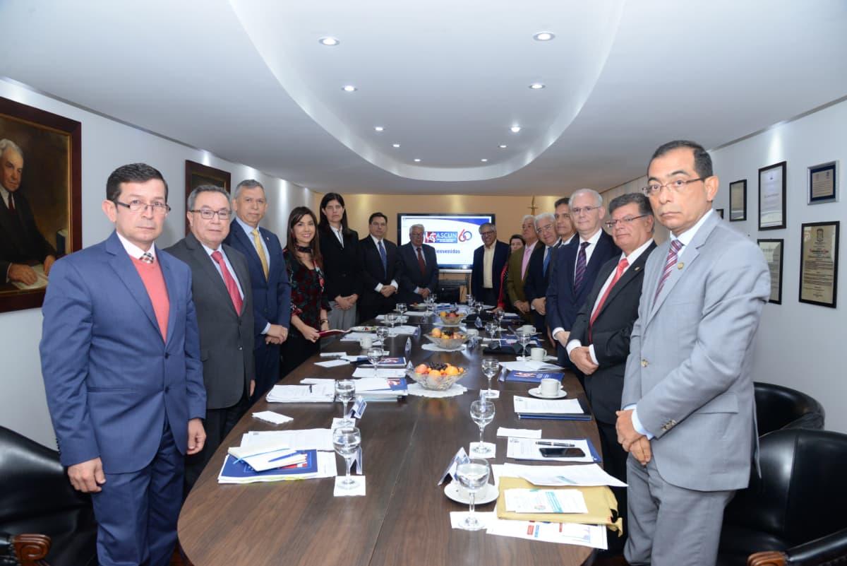 Ministra de Educación se reunió con Consejo Directivo de Ascún