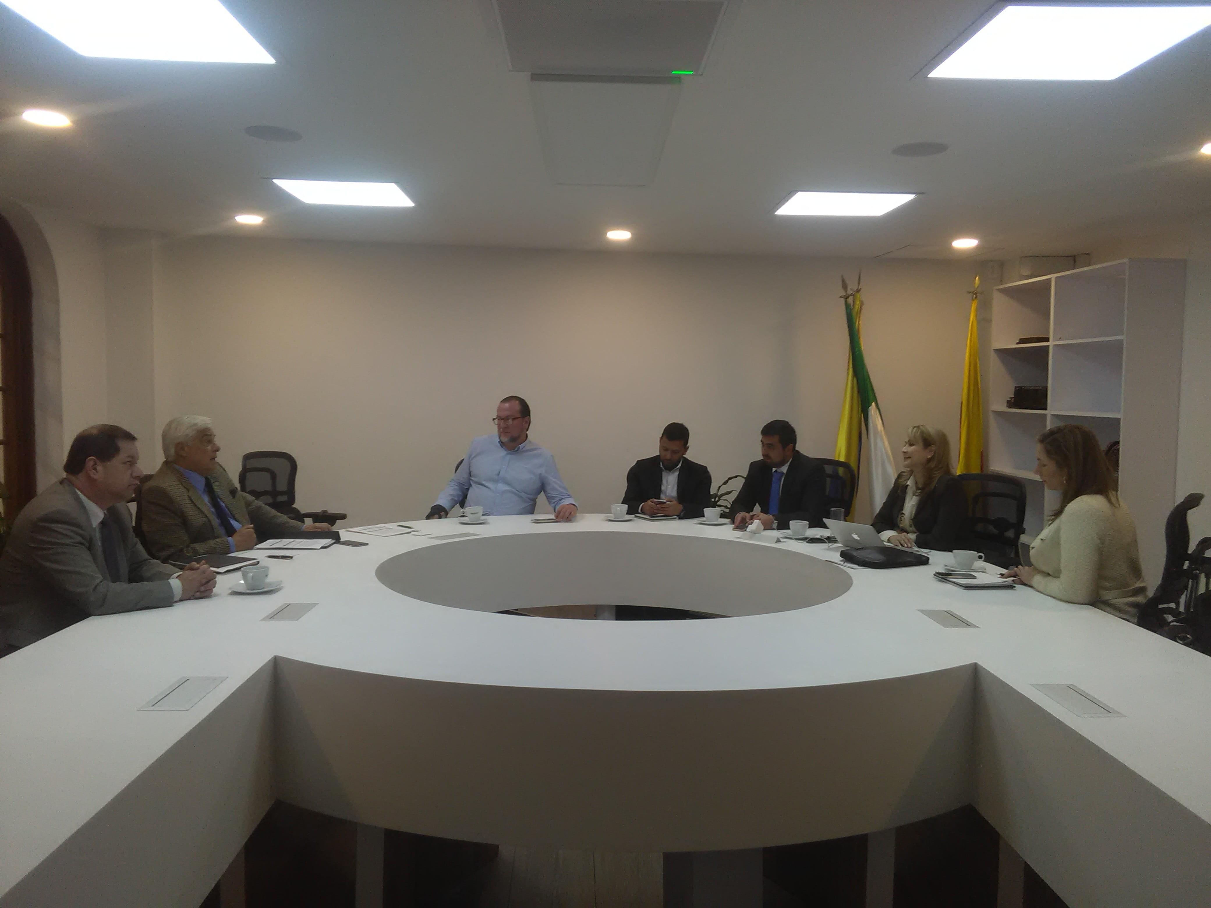 Participación en Consejo Ejecutivo de la OUI Colombia