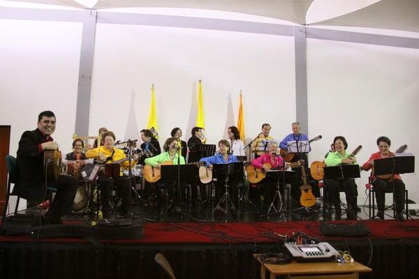 """Presentación Coral Instrumental """"Voces y cuerdas"""""""