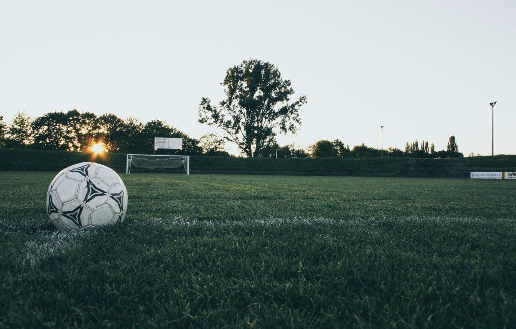 ball-field-grass-114296